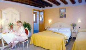 Best rates for bed and breakfast rooms and beds in Venice
