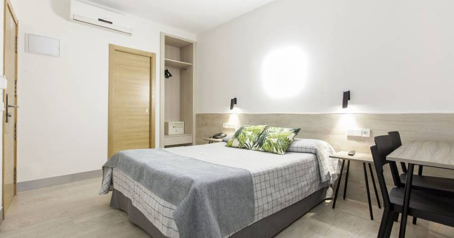 cheap bed and breakfast in Madrid
