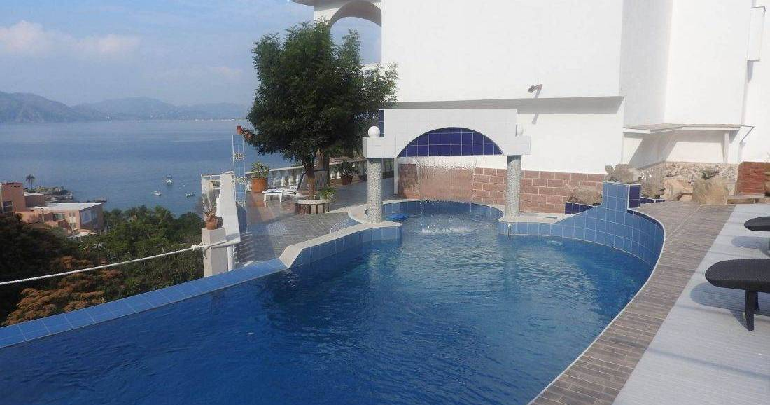 cheap bed and breakfast in Manzanillo