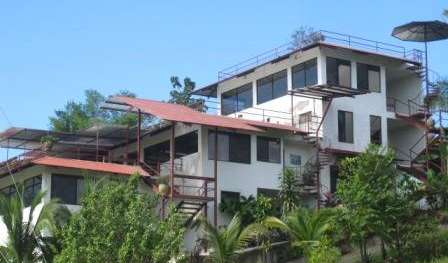 Find cheap rooms and beds to book at bed and breakfasts in Quepos